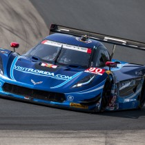 VISIT FLORIDA RACING LEADING THE PACK INTO ROAD AMERICA