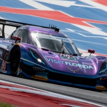 VISIT FLORIDA Racing Perseveres to the Finish in Texas
